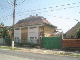 Casa de vânzare 3 camere, în Caransebes, zona Sud-Vest