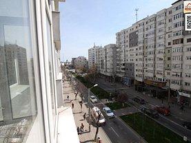 Apartament de vânzare 3 camere, în Slatina, zona Bd. A.I.Cuza