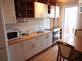 Apartament de închiriat 3 camere, în Slatina, zona Orasul de Jos
