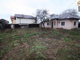 Casa de vânzare 3 camere, în Slatina, zona Sud-Est