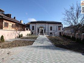 Casa de vânzare 16 camere, în Slatina, zona Orasul Vechi