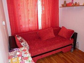 Apartament de vânzare 4 camere, în Targoviste, zona Micro 6