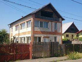 Casa de vânzare, în Pitesti, zona Sud-Est