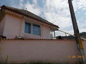 Casa de vânzare 2 camere, în Sacele, zona Sud-Vest