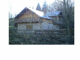 Casa de vânzare, în Manastirea Humorului