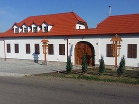 Casa de închiriat 5 camere, în Bistrita, zona Periferie