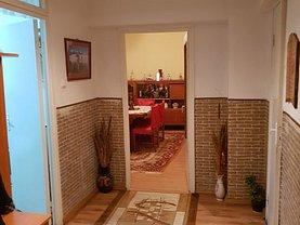Apartament de vânzare 4 camere în Resita, Govandari