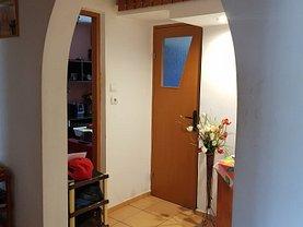 Apartament de vânzare 2 camere în Resita, Micro II