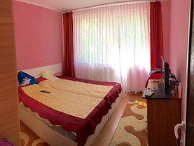 Apartament de închiriat 3 camere, în Galati, zona Micro 17