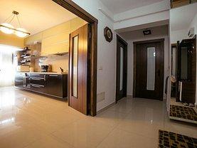 Apartament de vânzare 2 camere, în Galati, zona Bd. Cosbuc