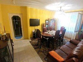 Apartament de închiriat 4 camere în Targu Mures, 7 Noiembrie