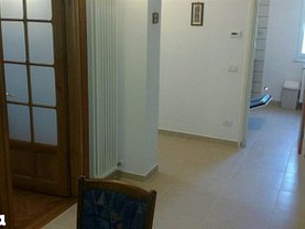 Apartament de închiriat 3 camere în Targoviste, Aleea Trandafirilor