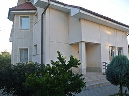 Casa de vânzare 8 camere, în Slatina, zona Central
