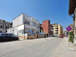 Casa de vânzare, 12 camere, în Constanta, zona Peninsula