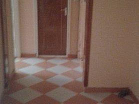 Apartament de închiriat 2 camere, în Mangalia, zona Ultracentral