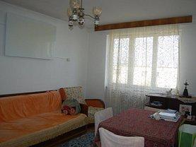 Apartament de vânzare 4 camere, în Brasov, zona Calea Bucuresti