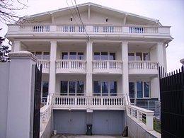 Casa de vânzare 18 camere, în Bucuresti, zona Chitila