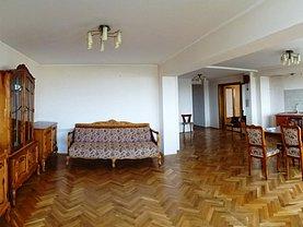 Apartament de vânzare 4 camere, în Oradea, zona Centru Civic