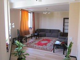 Casa de vânzare, 5 camere, în Ghermanesti