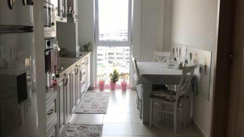 Vanzare Apartament 2 camere mobilat Urban Invest ,Tractorul,Brasov