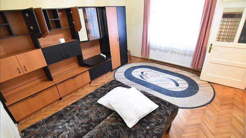 Vanzare Garsoniera la casa ,zona Centrala,Brasov