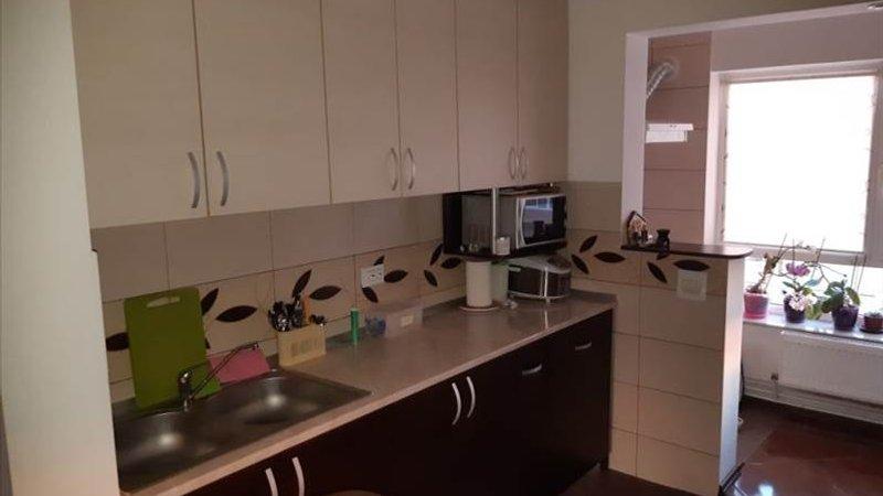Apartament 2 camere etaj intermediar Craiter, Brasov