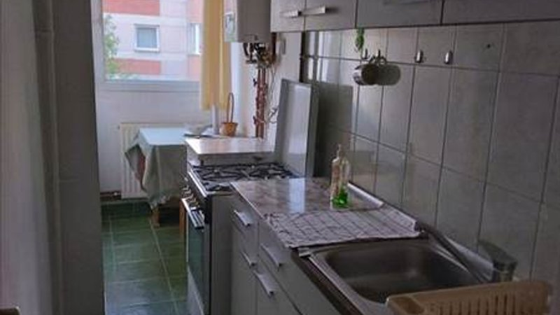 Vanzare Garsoniera decomandata, Craiter,Brasov