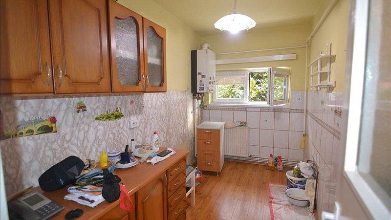Apartament 3 camere, circular, confort1, Vlahuta