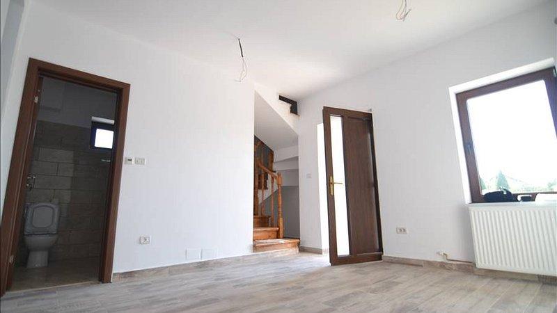 Vanzare Casa Finalizata, toate utilitatile, Sanpetru