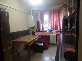 Apartament de închiriat 3 camere, în Tulcea, zona Pacii