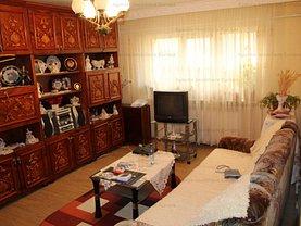 Apartament de vânzare 3 camere în Tulcea, E3