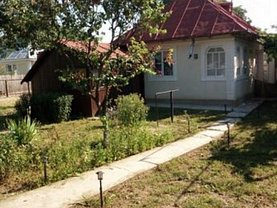 Casa 2 camere în Piatra-Neamt, Exterior Est