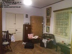 Casa 3 camere în Piatra-Neamt, Central