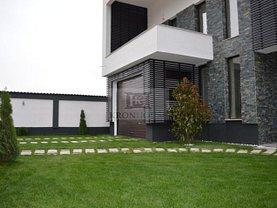 Casa de vânzare 7 camere, în Sacele, zona Bunloc
