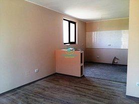 Casa de vânzare 3 camere, în Pitesti, zona Tancodrom