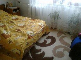 Apartament de vânzare 2 camere, în Buzau, zona Dorobanti 1