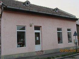 Casa de vânzare 3 camere, în Carei, zona Central