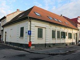 Casa de vânzare, 7 camere, în Oradea, zona Ultracentral