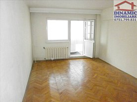 Apartament de închiriat 3 camere, în Piatra-Neamt, zona Maratei