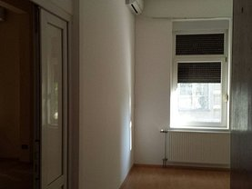 Casa de vânzare 7 camere, în Arad, zona Ultracentral