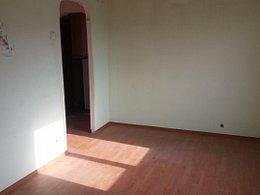 Garsoniera de vânzare, o cameră, în Mioveni, zona Central