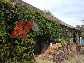 Casa de vânzare 2 camere, în Carani