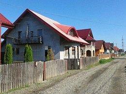 Casa de vânzare 4 camere, în Radauti, zona Nord-Vest
