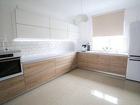 Casa de vânzare 4 camere, în Bucuresti, zona Drumul Sarii