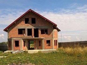 Casa de vânzare 4 camere, în Sacele
