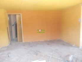 Casa 5 camere în Targoviste, Priseaca