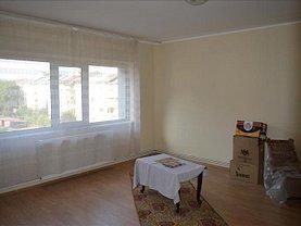 Apartament de închiriat 3 camere, în Targoviste, zona Micro 3