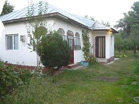 Casa de vânzare 3 camere, în Produlesti