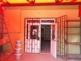 Casa de vânzare 5 camere, în Targoviste, zona Micro 6