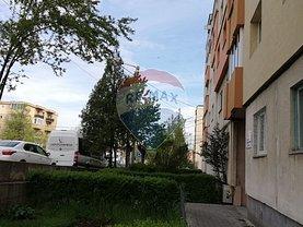 Apartament de vânzare 4 camere în Cluj-Napoca, Marasti